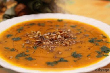 Pyszna Zupa Z Dyni Z Orzechami I Slonecznikiem