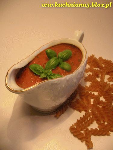 Zdjęcie - Pesto pomidorowo - bazyliowe z brązowym makaronem  - Przepisy kulinarne ze zdjęciami