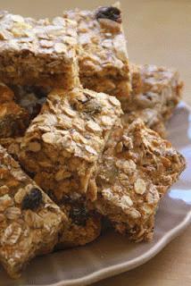 Zdjęcie - batoniki musli - Przepisy kulinarne ze zdjęciami