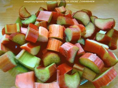 Zdjęcie - CIASTECZKA SEROWE Z RABARBAREM - Przepisy kulinarne ze zdjęciami