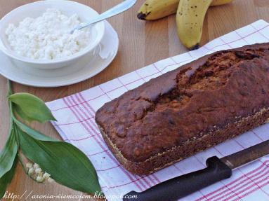 Zdjęcie - Chlebek bananowy z żurawiną i płatkami owsianymi - Przepisy kulinarne ze zdjęciami