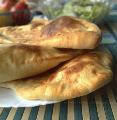 Zdjęcie - Naan - Przepisy kulinarne ze zdjęciami