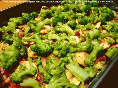 Zdjęcie - ZAPIEKANKA ZIEMNIACZANA Z BAKŁAŻANEM CUKINIĄ I BROKUŁAMI - Przepisy kulinarne ze zdjęciami