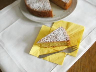 Zdjęcie - Ciasto z jogurtem morelowym - Przepisy kulinarne ze zdjęciami