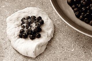 Zdjęcie - Jagodzianki serowe - Przepisy kulinarne ze zdjęciami