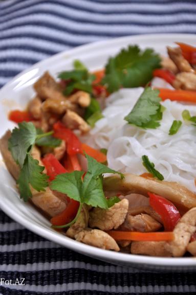Przepis Kurczak Z Boczniakami Po Chinsku Proste Przepisy