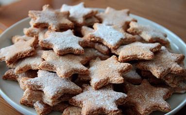 Zdjęcie - Bezglutenowe gwiazdki  cynamonowe  - Przepisy kulinarne ze zdjęciami