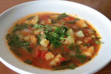 Przepis Wiosenna Zupa Z Cukinii Proste I Smaczne Przepisy