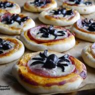 Halloweenowe mini pizze